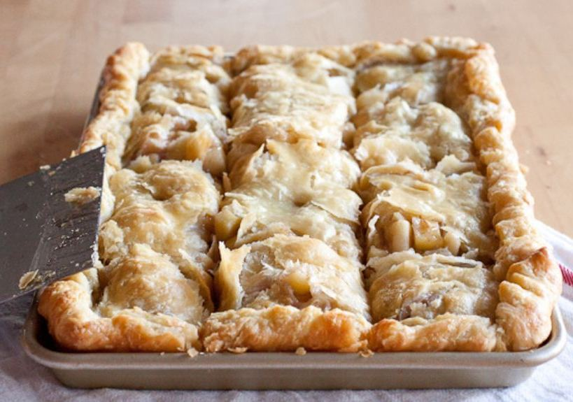 Yummy Apple Slab Pie