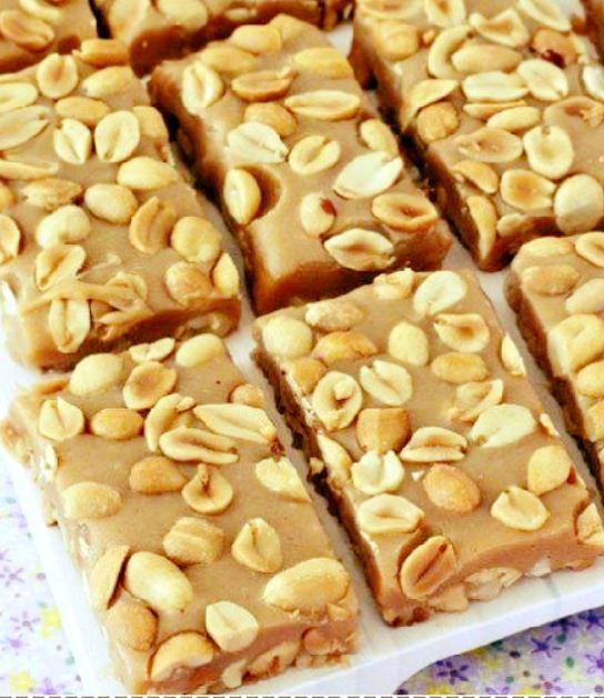 NO BAKE PAYDAY NUT SQUARES