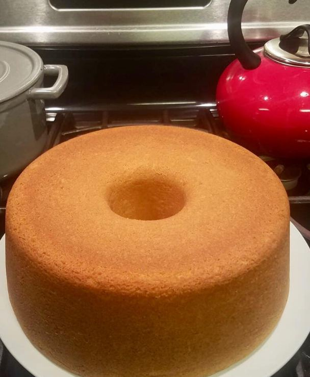 Old Classic Butter Pound Cake