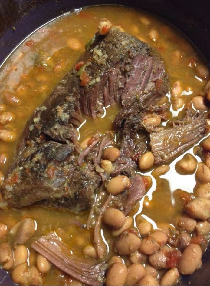 Crock Pot Roast with Pinto Beans